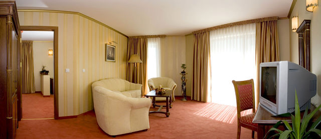 Mistral Hotel - Apartment